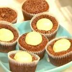 Kladdkaksmuffins med vaniljtopp